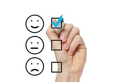 customer_service_chart_470431609
