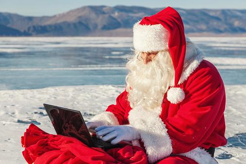 christmas_social_media_522922663