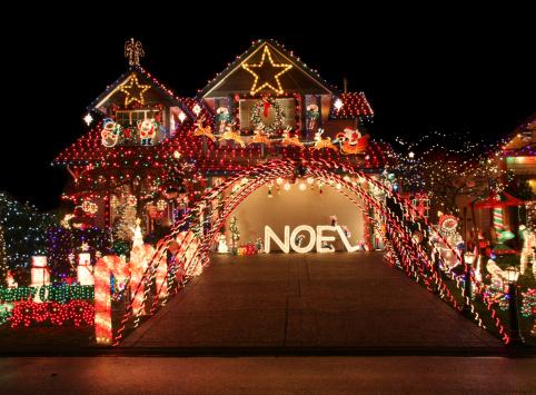 Christmas_light_display