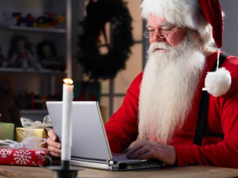 santa on laptop resized 600