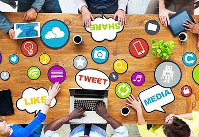 social_media_around_the_table