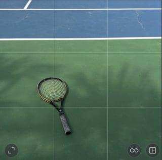 low_contrast_tennis_racket